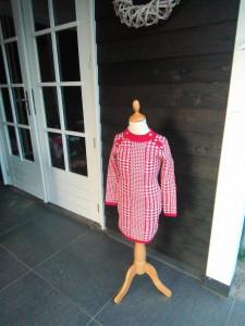 rode pied poule meisjes jurk maat 104,116,128,140 en 164 prijs 22.99 euro